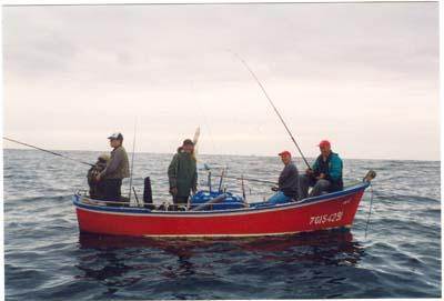 Joaquín, en el Campeonato de Asturias desde embarcación fondeada.Luanco,1997.