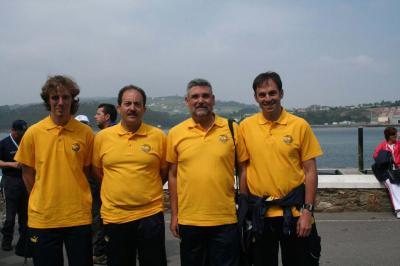 El Club Nautico Sant Feliú de Guixols(Gerona),segundo clasificado. De izquierda a derecha, Esclusa,Eduardo Martínez,Jose Maria Prat y Xavi Pérez.