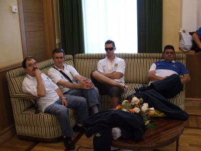 Jose Manuel,Efrén Rubiera e Iván Rubiera en el Ayuntamiento.