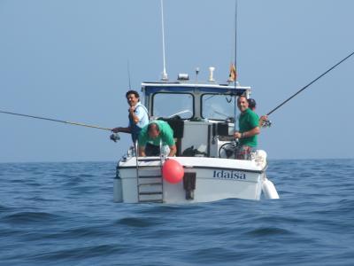 El equipo  A de Castropol en acción de Pesca.
