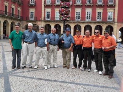 Suso con dos de los equipos Canarios , el Club Maritimo Atlantico de Tenerife y el Club Mar Adentro de Gran Canaria.